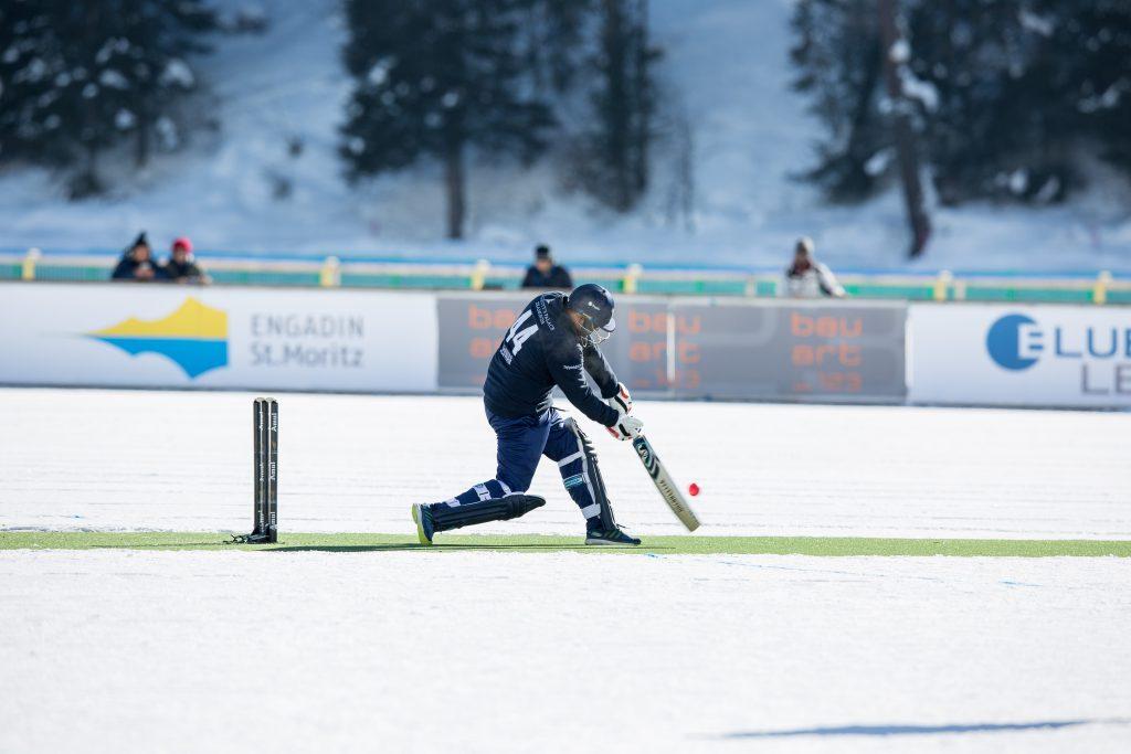Ice Cricket 2018 01