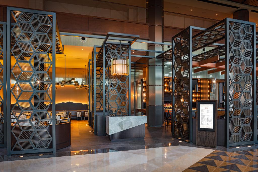Lobby Bar Exterior RET3