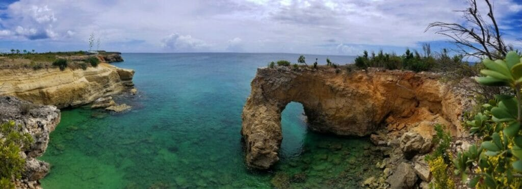 nothing like the color of the caribbean sea around the anguillian arch anguilla bwi t20 gRVrGY