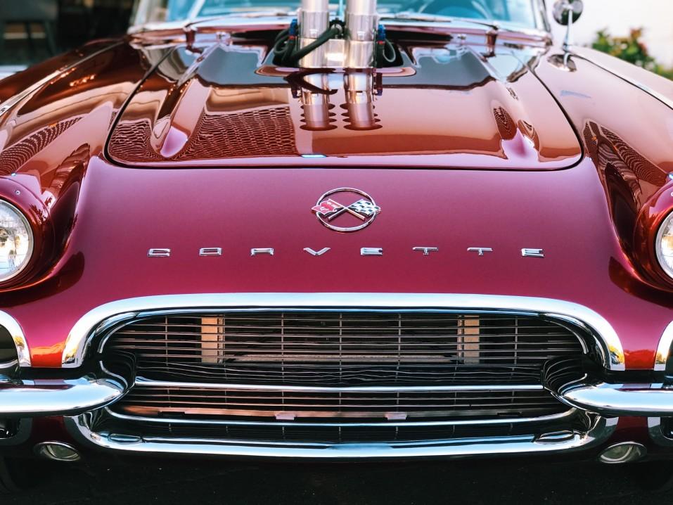 classic car corvette chevrolet red car convertible big block american car front grille automobile t20 A9QA8m
