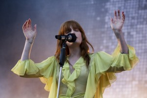Day3-2-ShakyKnees-Florence