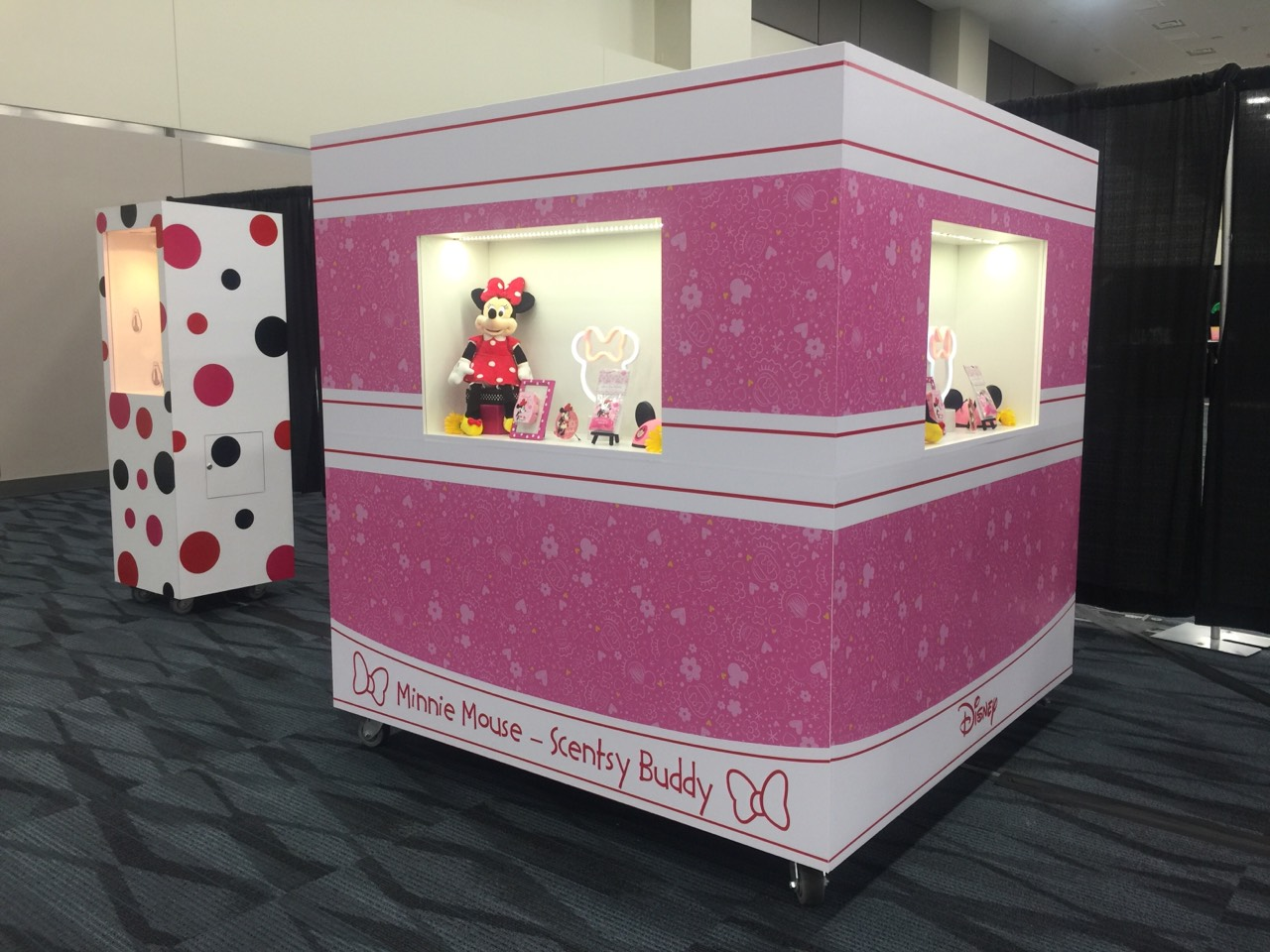 Minnie Mouse Display
