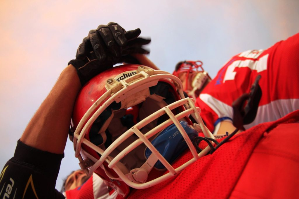 football and concussion, treatment for concussion, about concussion, what is a concussion