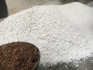 Adding peat moss to perlite