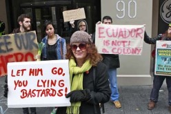 Assange Protests Hit UK Consulate In NY