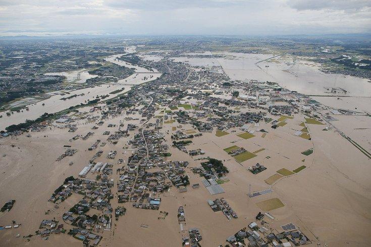 fukushima-typhoon-etau-floods-nuclear-leaks