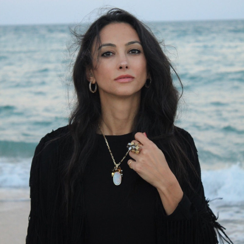 Vanessa Karram is a high impact abundance coach who leads people to love themselves.