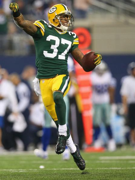 Sam Shields notched his third pick of the season on an incredible read and react athletic play.