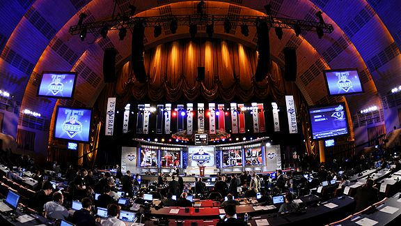 Green Bay Packers 2016 Draft: Trading Down