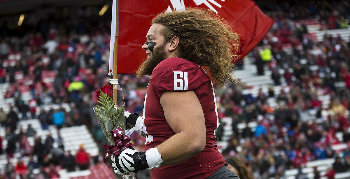 BREAKING: Green Bay Packers select Cole Madison, OT, Washington St. at 138