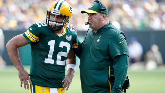 Packers' Risk and Reward with Rodgers' Knee