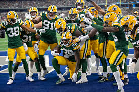 Packers show resilience in 1st win at US Bank