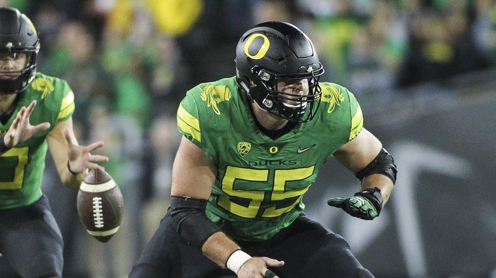 BREAKING: Green Bay Packers select Jake Hanson, C, Oregon in Round 6, Pick 208