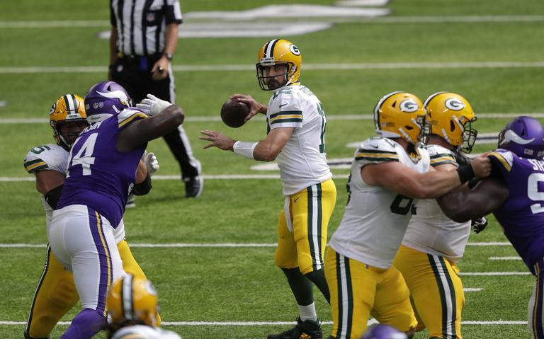 Packers Make-shift offensive line dominant in Week 1