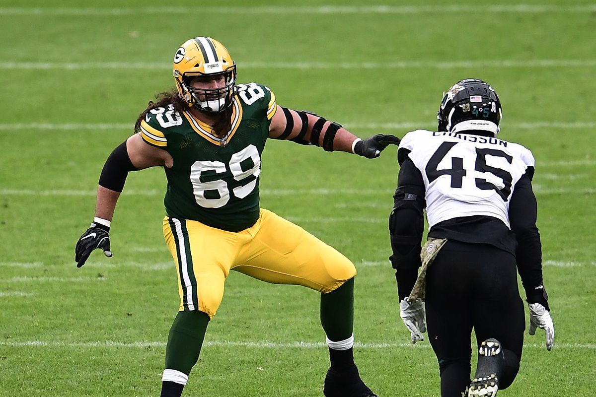 Extending Packers' left tackle David Bakhtiari the right thing to do