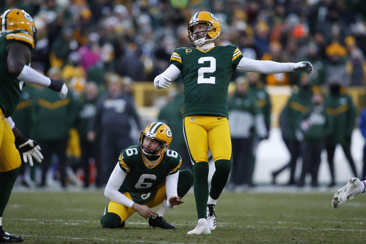Crosby continues to quietly excel with Packers