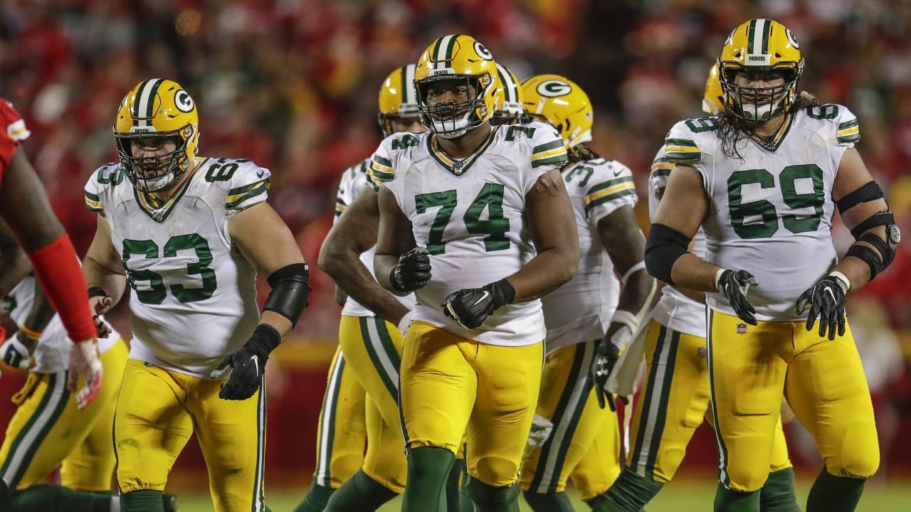 Elgton Jenkins the pivotal piece of Packers offensive line