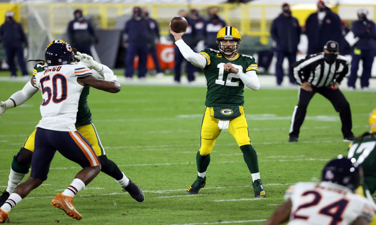 Does offense win championships? Packers' fans hope so