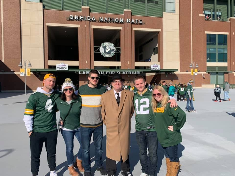 It's Time to Reunite the Green Bay Packer Fan Base