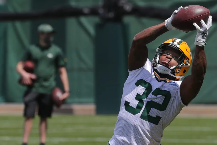 Packers' Kylin Hill having a not-so-quiet camp