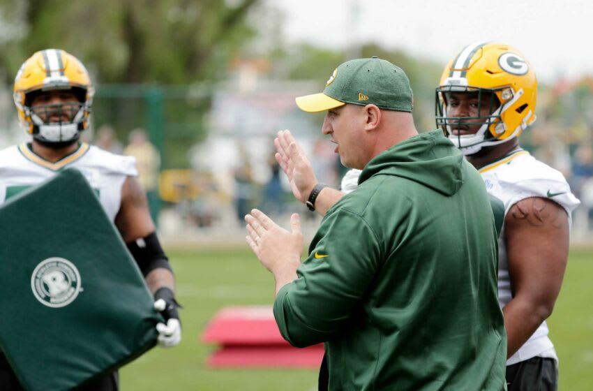 Packers OL Coach Adam Stenavich deserves high praise