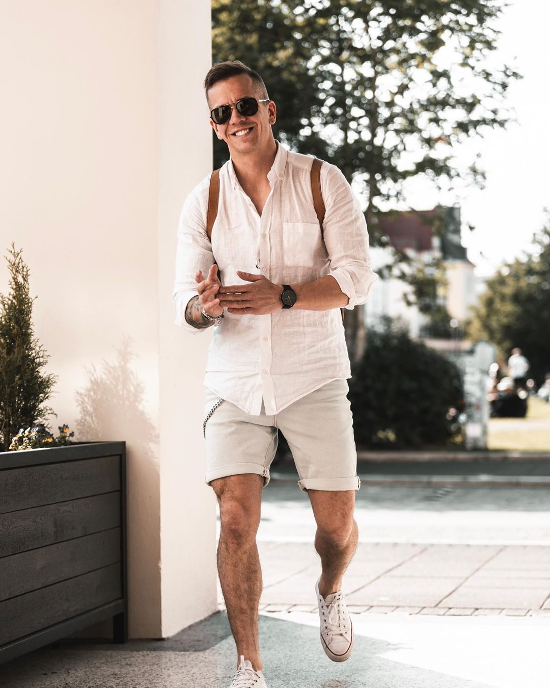 3 gợi ý phối quần short cùng áo sơ mi giúp chàng xuống phố mạnh mẽ