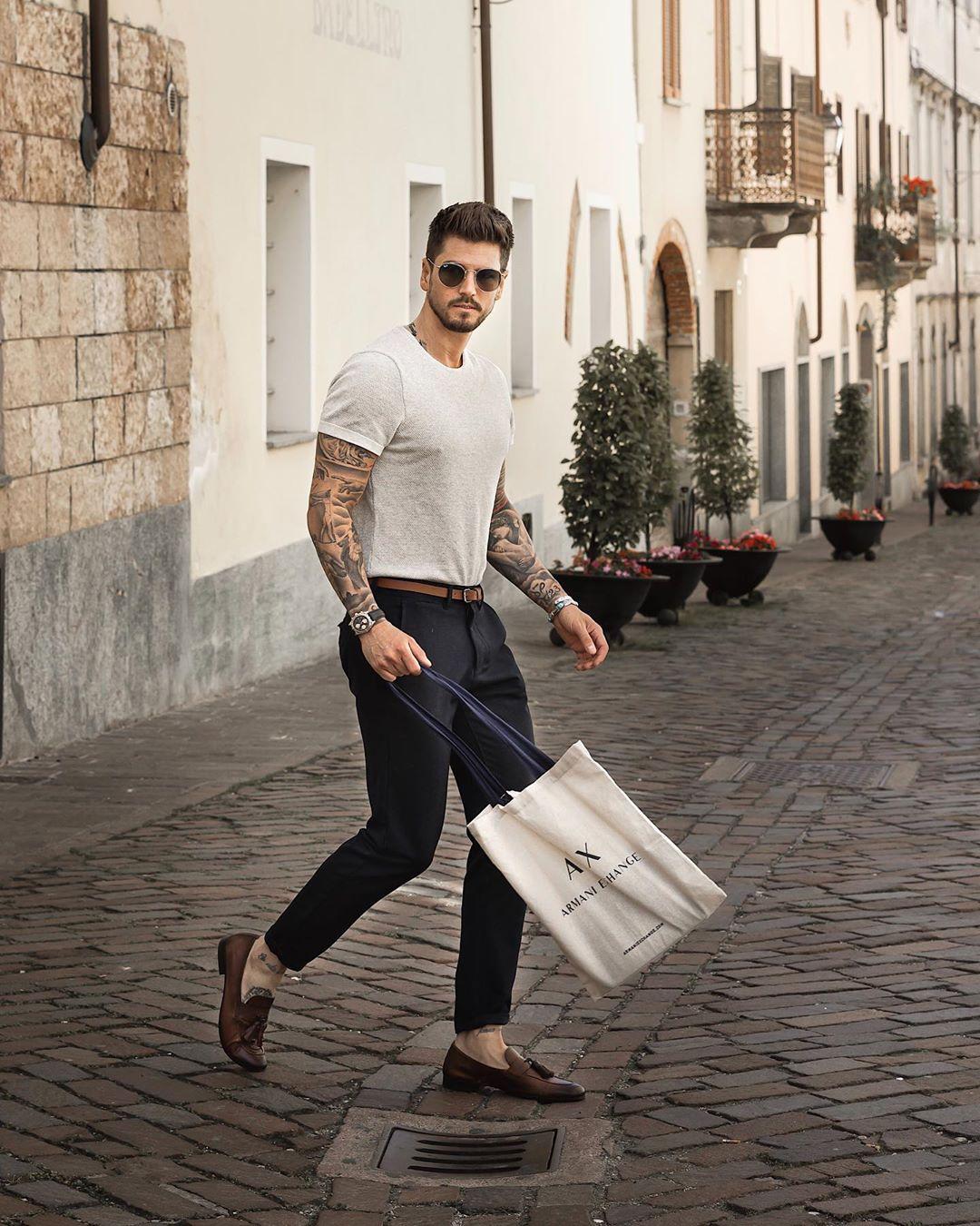 5 tips phối đồ cùng quần trouser đen giúp chàng biến hóa tự tin