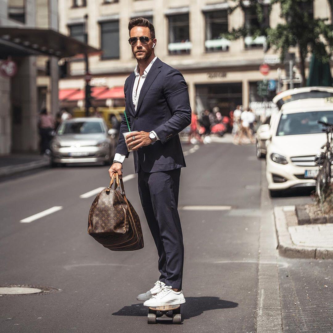 5 cách phối áo sơ mi trắng nam giúp chàng luôn phong cách
