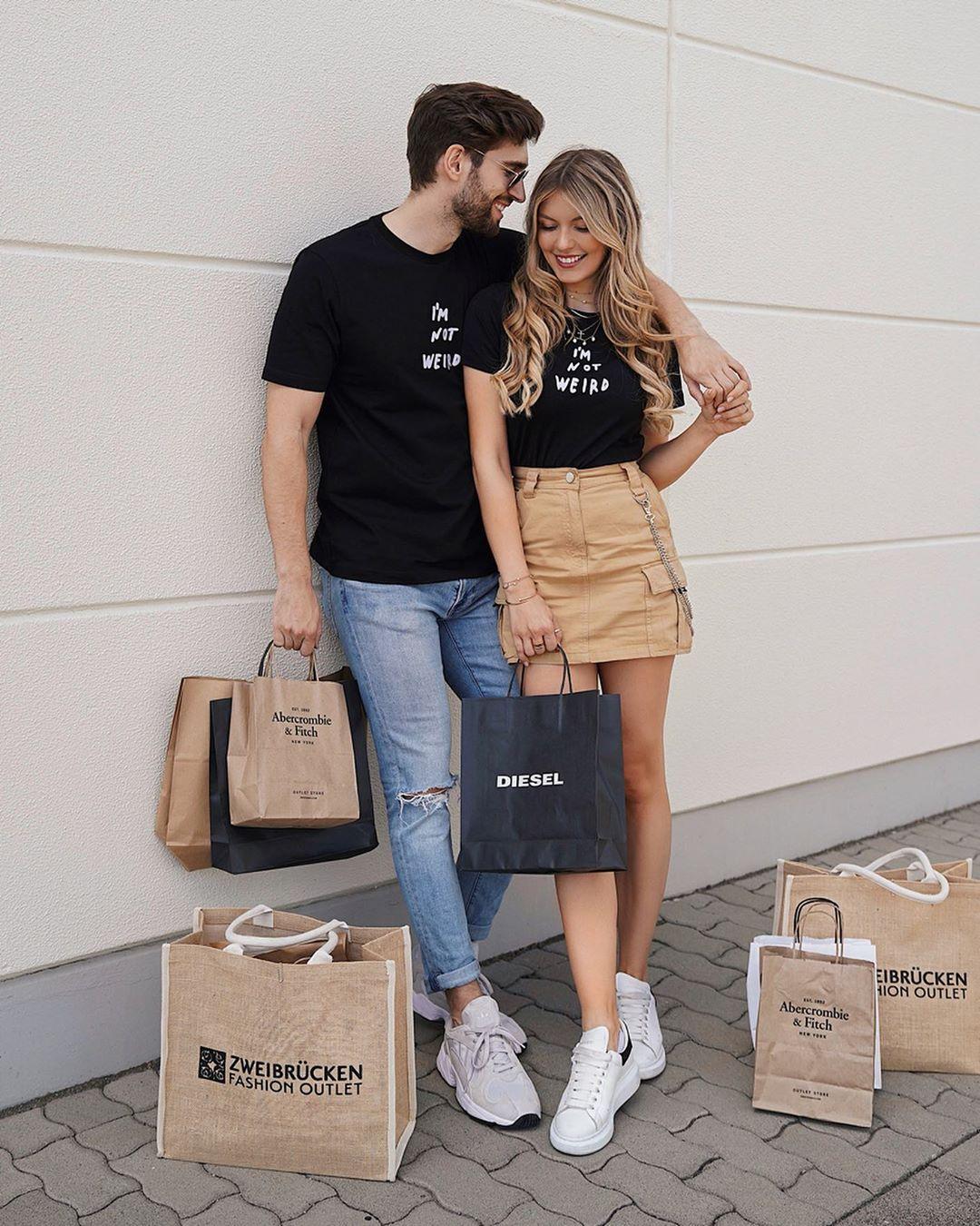 Cam Couple