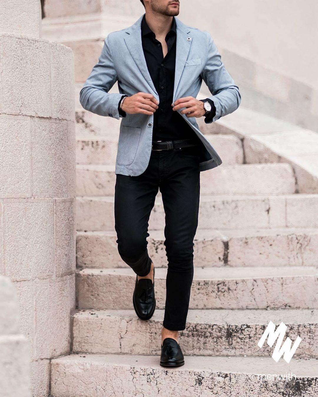 Sơ mi đen mốt áo giúp chàng thanh lịch hơn dù diện xuống phố mạnh mẽ