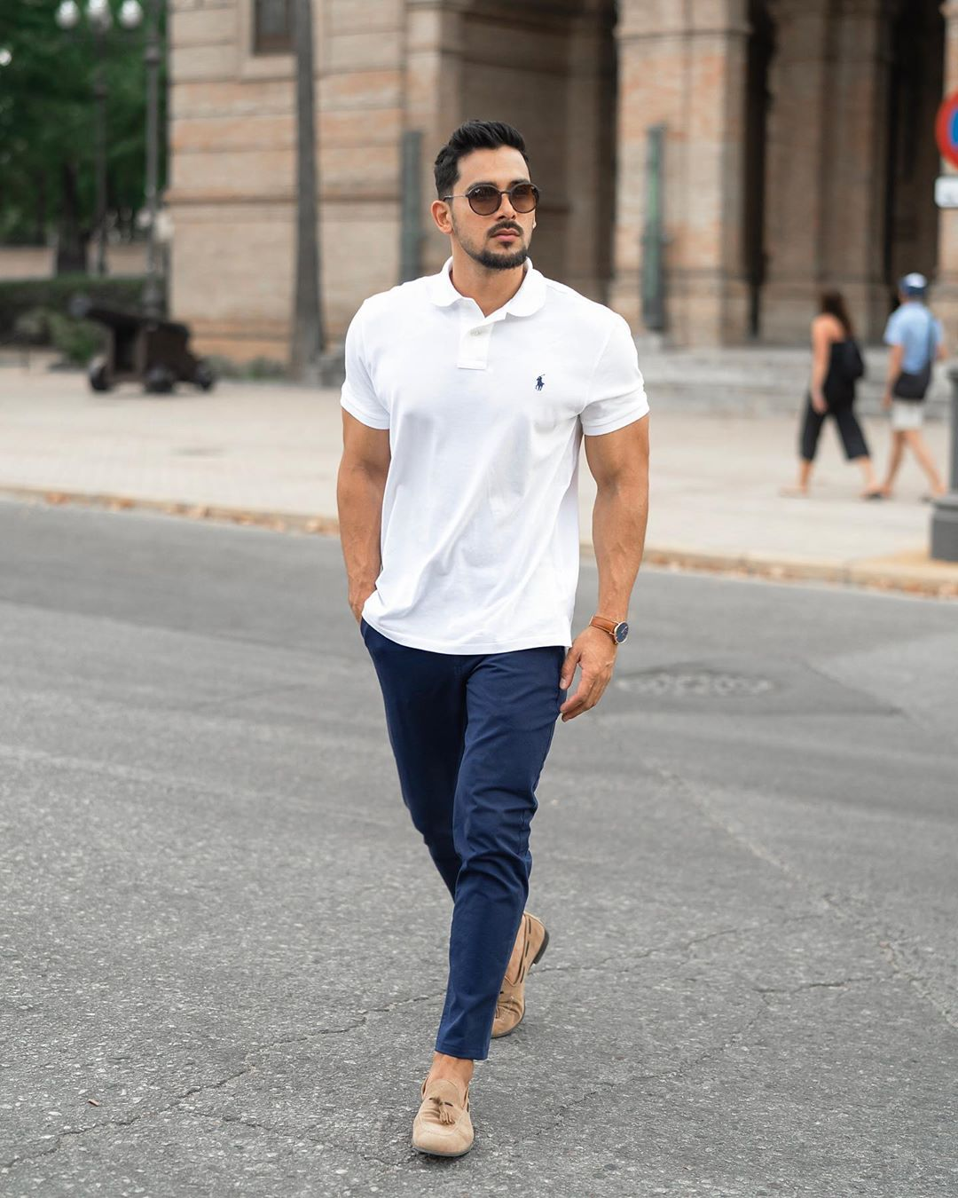 Cách phối màu quần áo nam giúp chàng tôn da độc đáo hơn