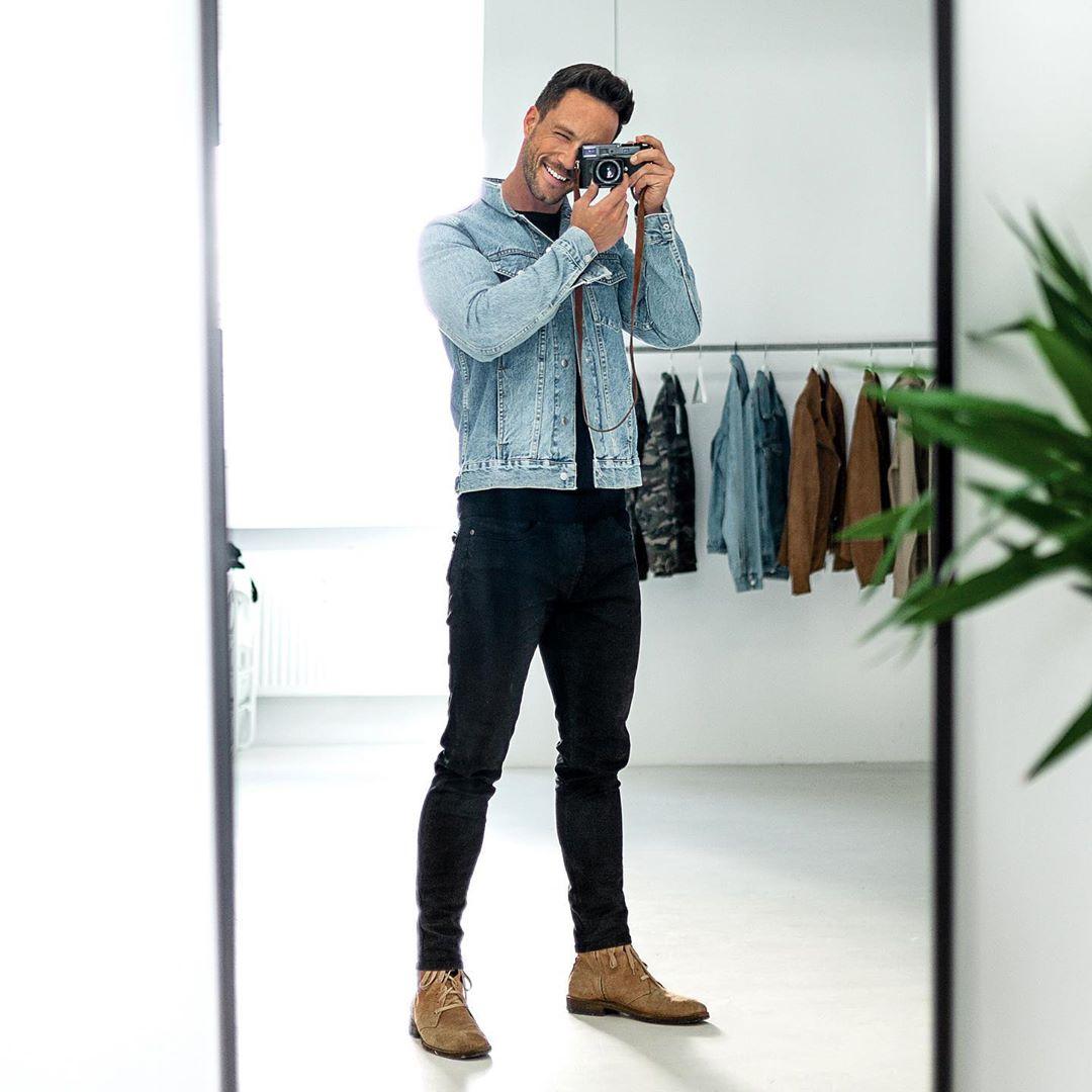 Xuống phố đơn giản mà đầy nam tính với 6 cách phối quần skinny jeans mạnh mẽ