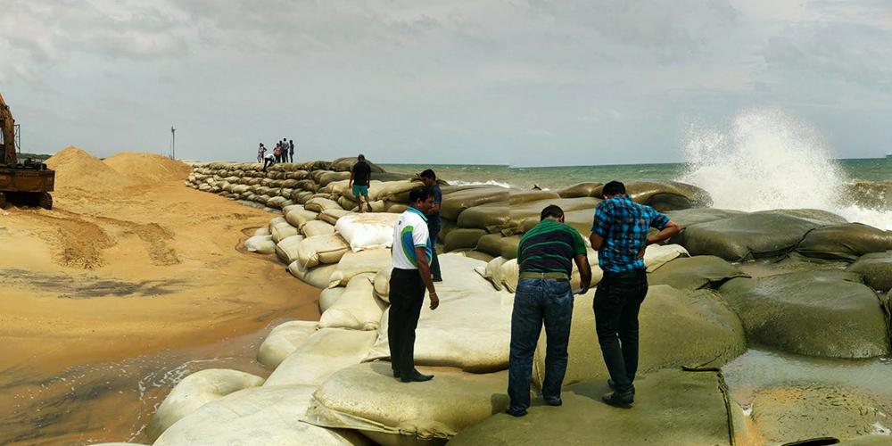 sri lanka, Skytech Engineering, Waveplus, sandbags , beach erosion