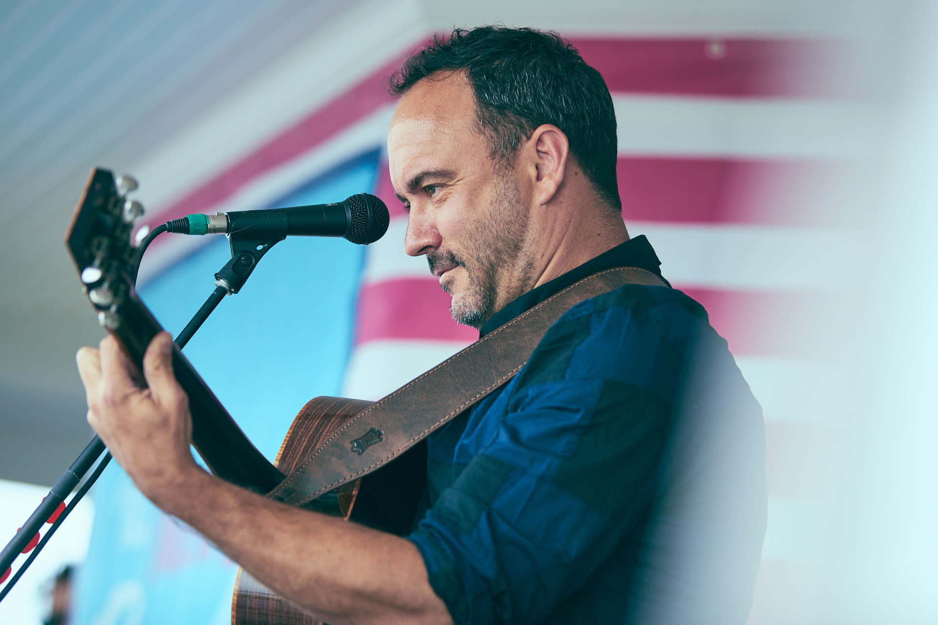 Concert Editorial of Dave Matthews performing acoustic by Boston based photographer Greg Caparell