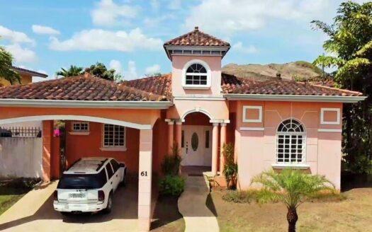 Panama City Spacious House region panama realty panama city house for sale 1