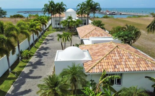 San Carlos Vistamar Oceanfront 9 - Beach front house Panama region panama realty 1