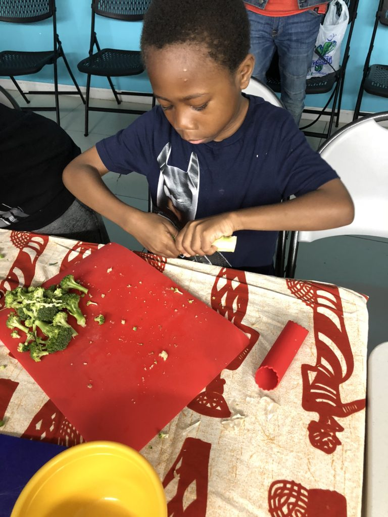 5 Reasons Why You Should Take Your Kids To Cooking Class