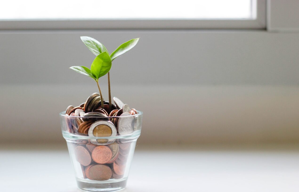 Easy Ways To Save On Your Monthly Expenses