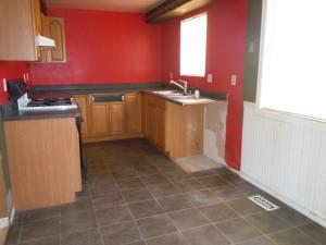 121-187508--kitchen & eating