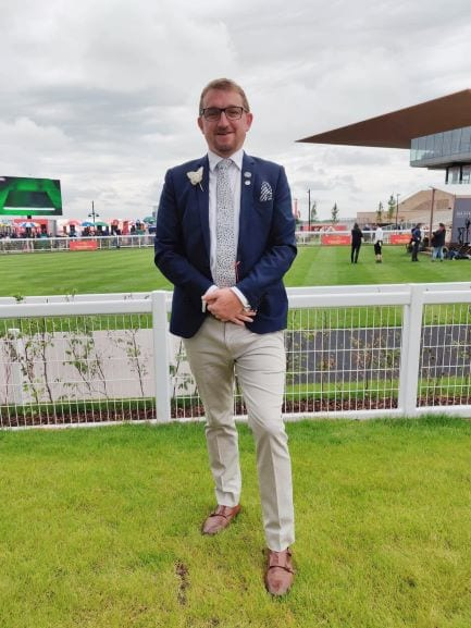 Spring Racing carnival men's outfit,