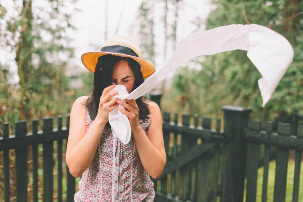 pollen allergies tissue woman telehealth