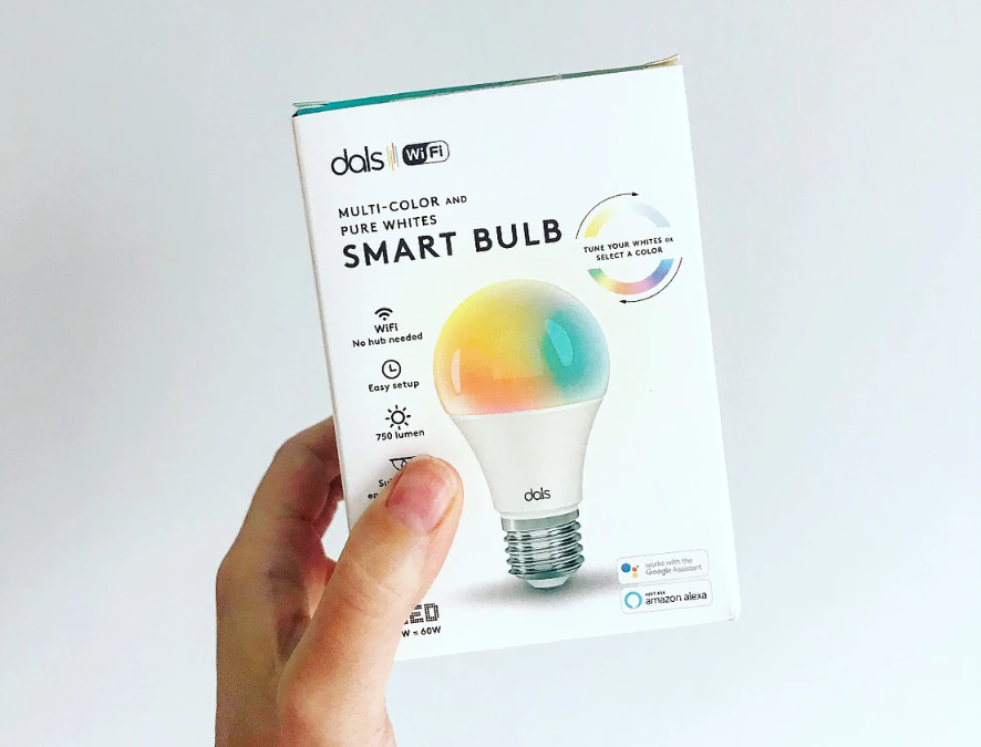 These Colour Changing Wifi Light Bulbs Will Be Your New Favourite Accessory