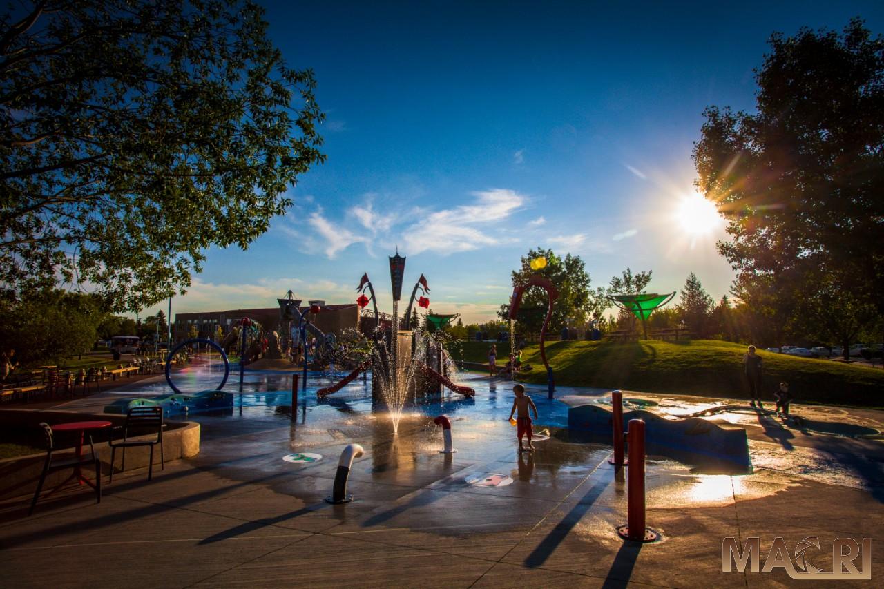 picture of kids in splash park