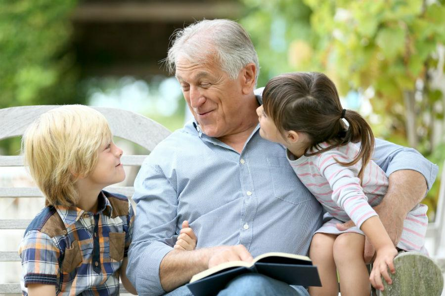 http://www.vietcatholicnews.net/pics/grandfather-reading-to-grandkids.jpg
