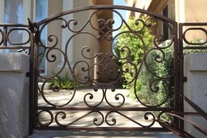 Side Gates Pedestrian gates with powdercoat