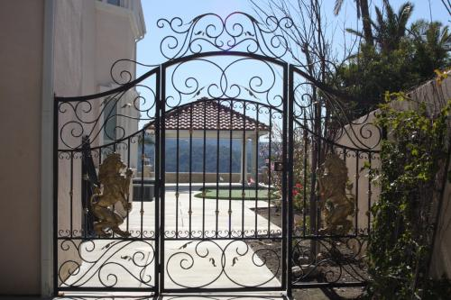 Wrought Iron Pedestrian Gates6