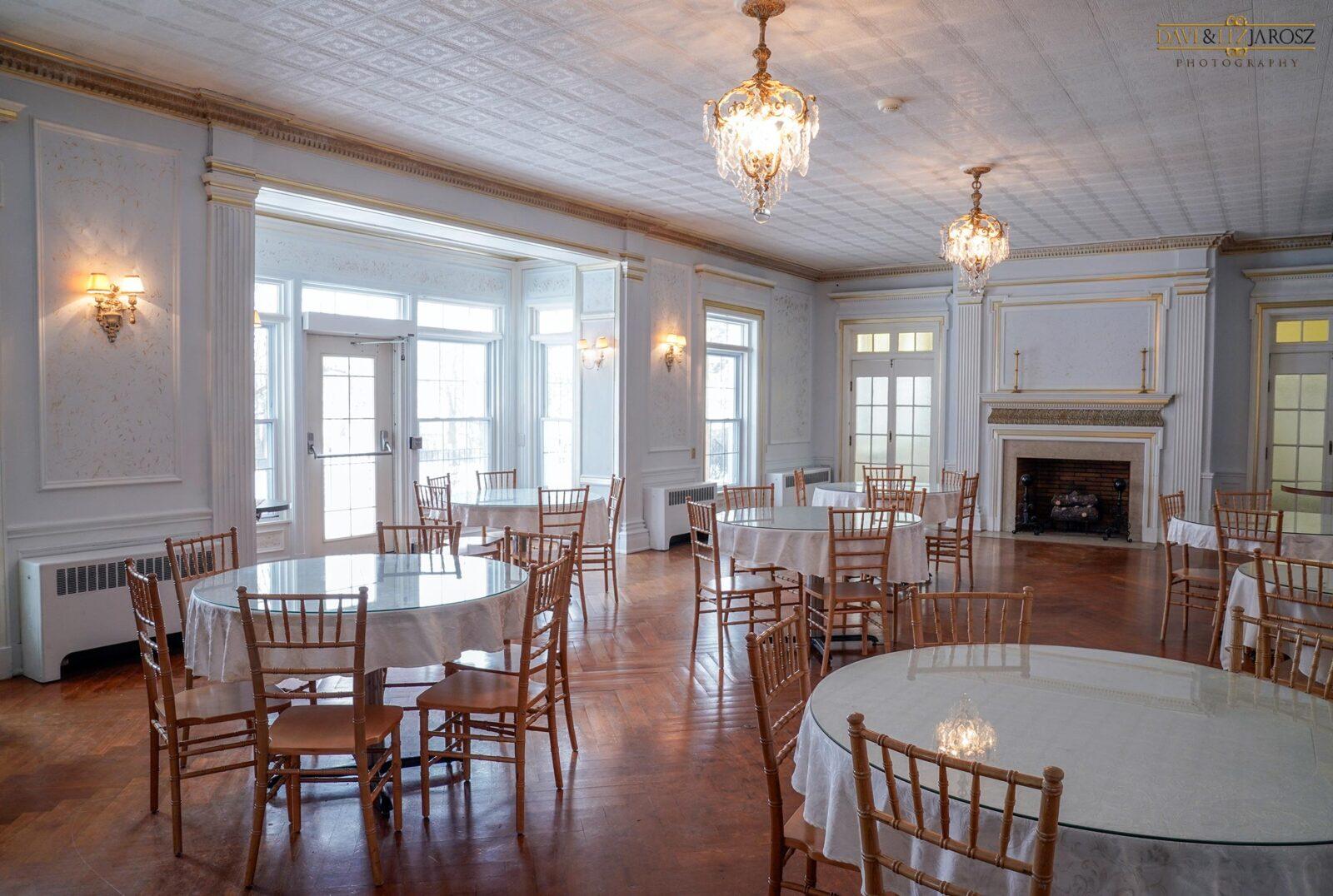 diningroomRight