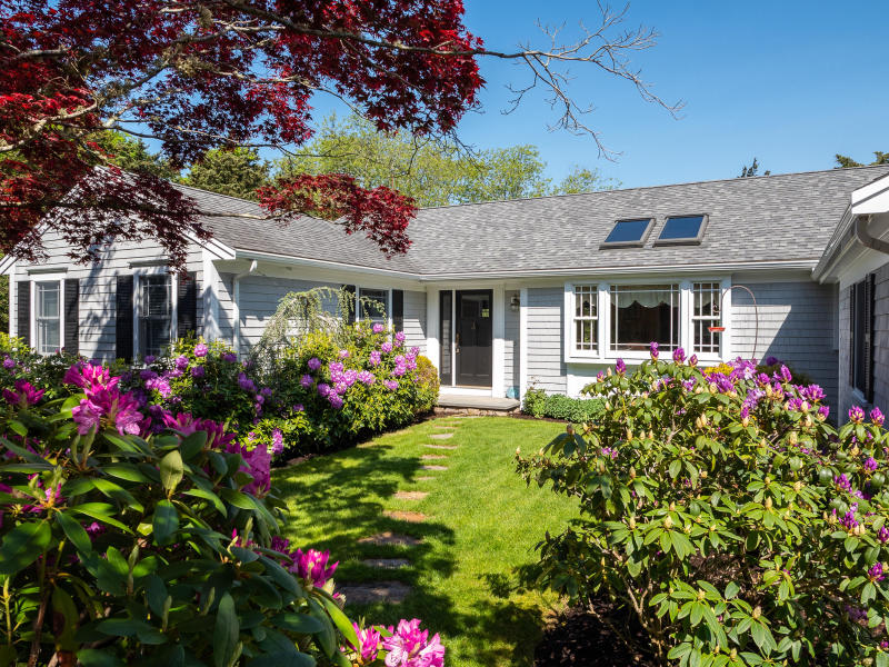 23 Deely Ln, West Falmouth, MA