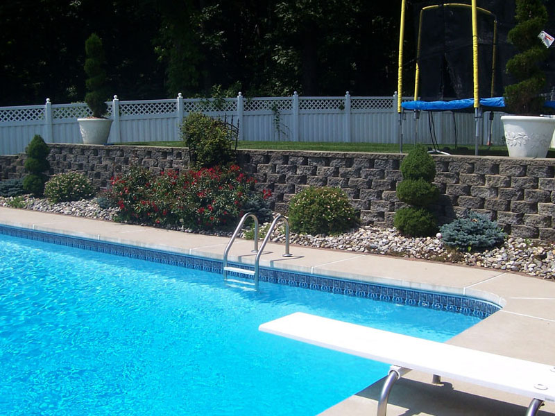 Poolscape Retaining Wall, Flanders NJ