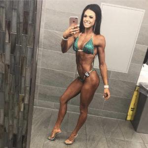 NQ Bikini Competitor Jessica Roy lifts heavy
